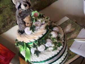 Lotta på Göta-Irene som gör användbara presenter och jobbar med återbruk lottade ut en Blöjtårta!